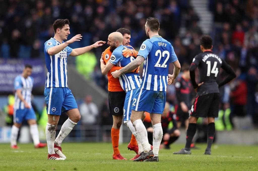 Ryan saves Rooney penalty