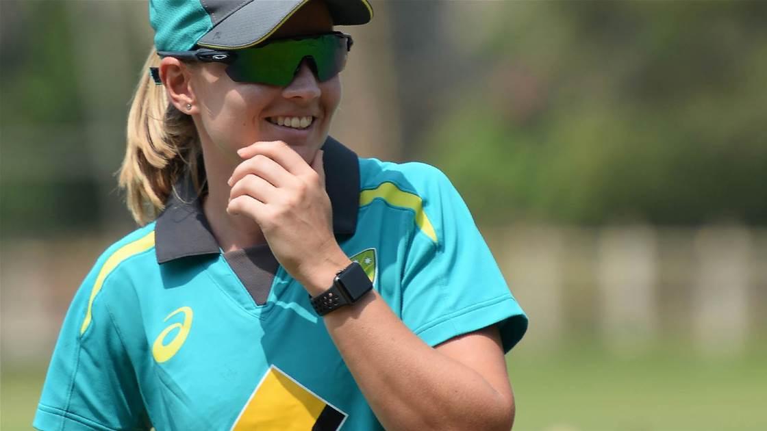 Australia dominate India in first ODI
