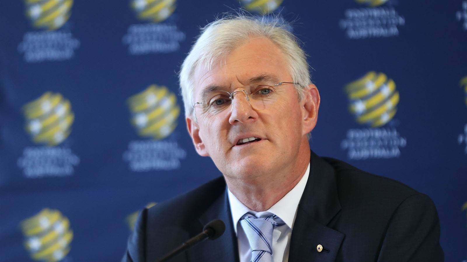 Steven Lowy to quit FFA