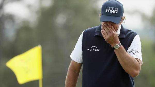 Mickelson's Masters dream over