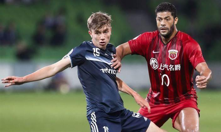 Aussie midfielder signs for Birmingham City