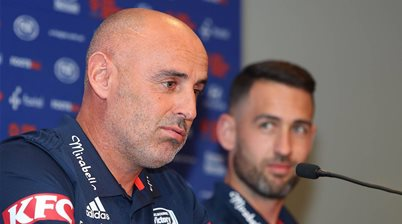 Valeri backs under-fire Victory boss