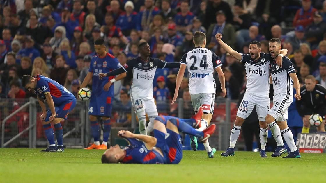 Melbourne Victory make history, break Jets' hearts