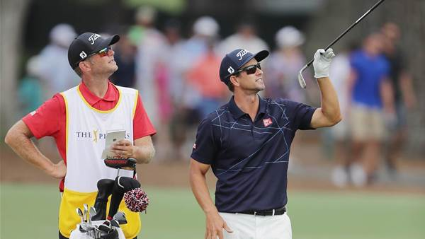 Scott splits with caddie ahead of US Open