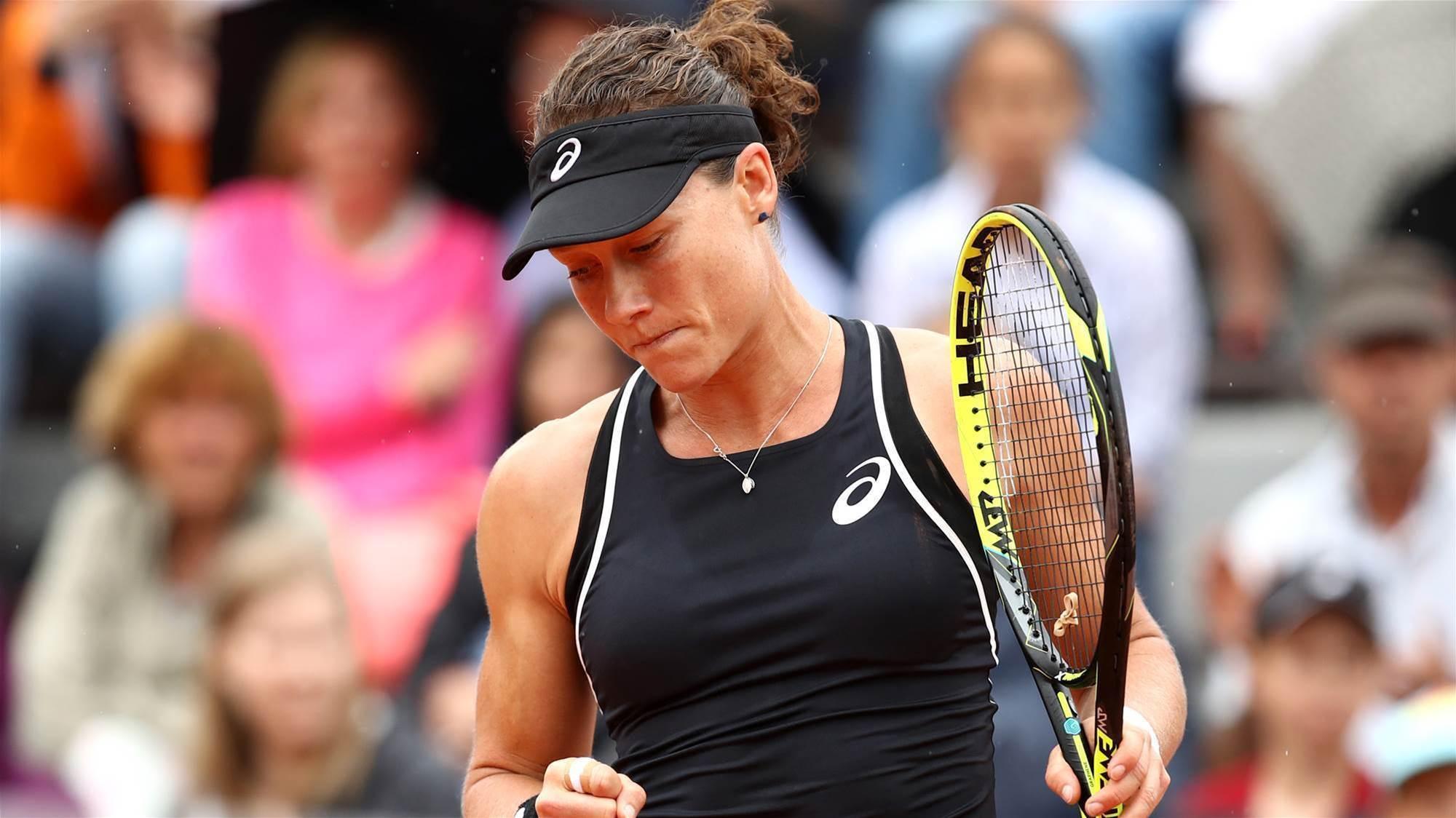 Aussie women through to next round