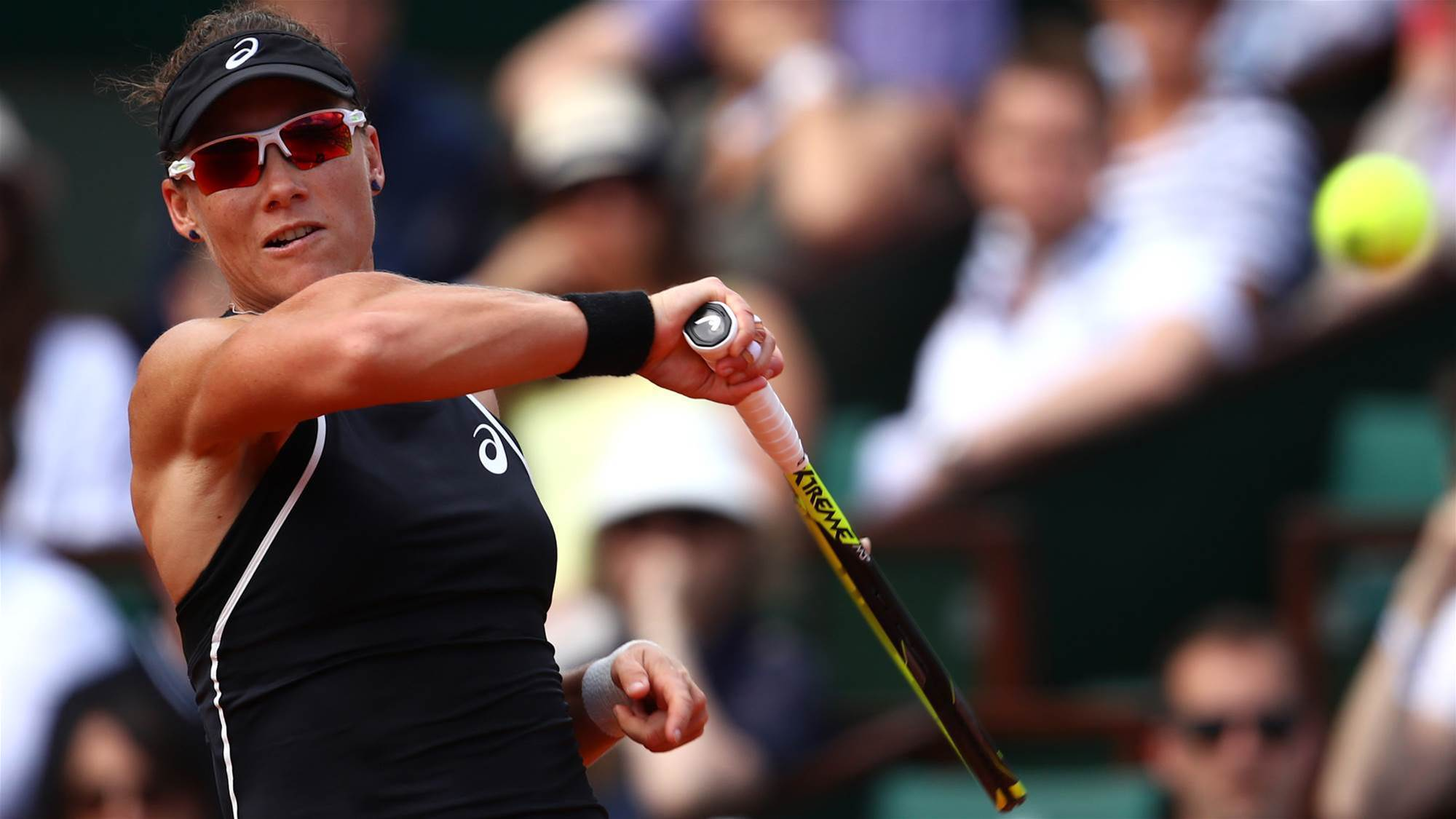 Stosur through to first grass quarterfinal in 7 years