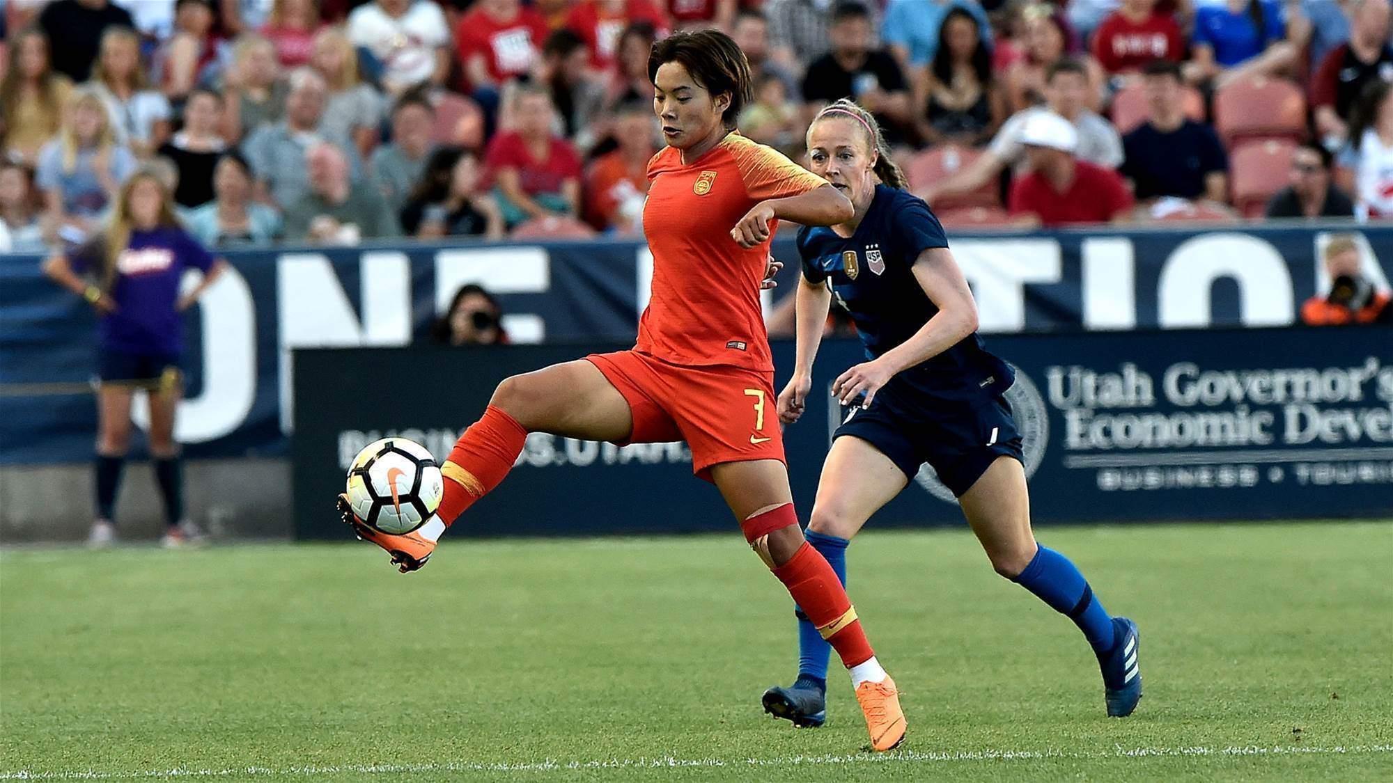 Shuang takes out AFC Women's Player of Year