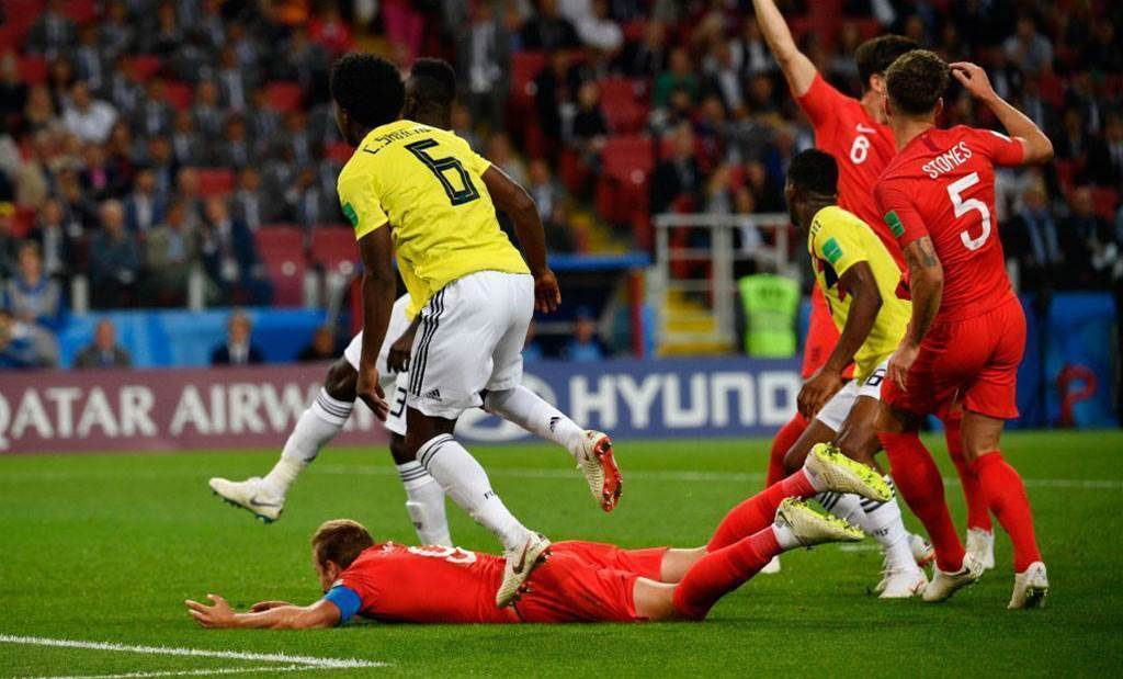 England players fall inside penalty area too often – Colombia coach