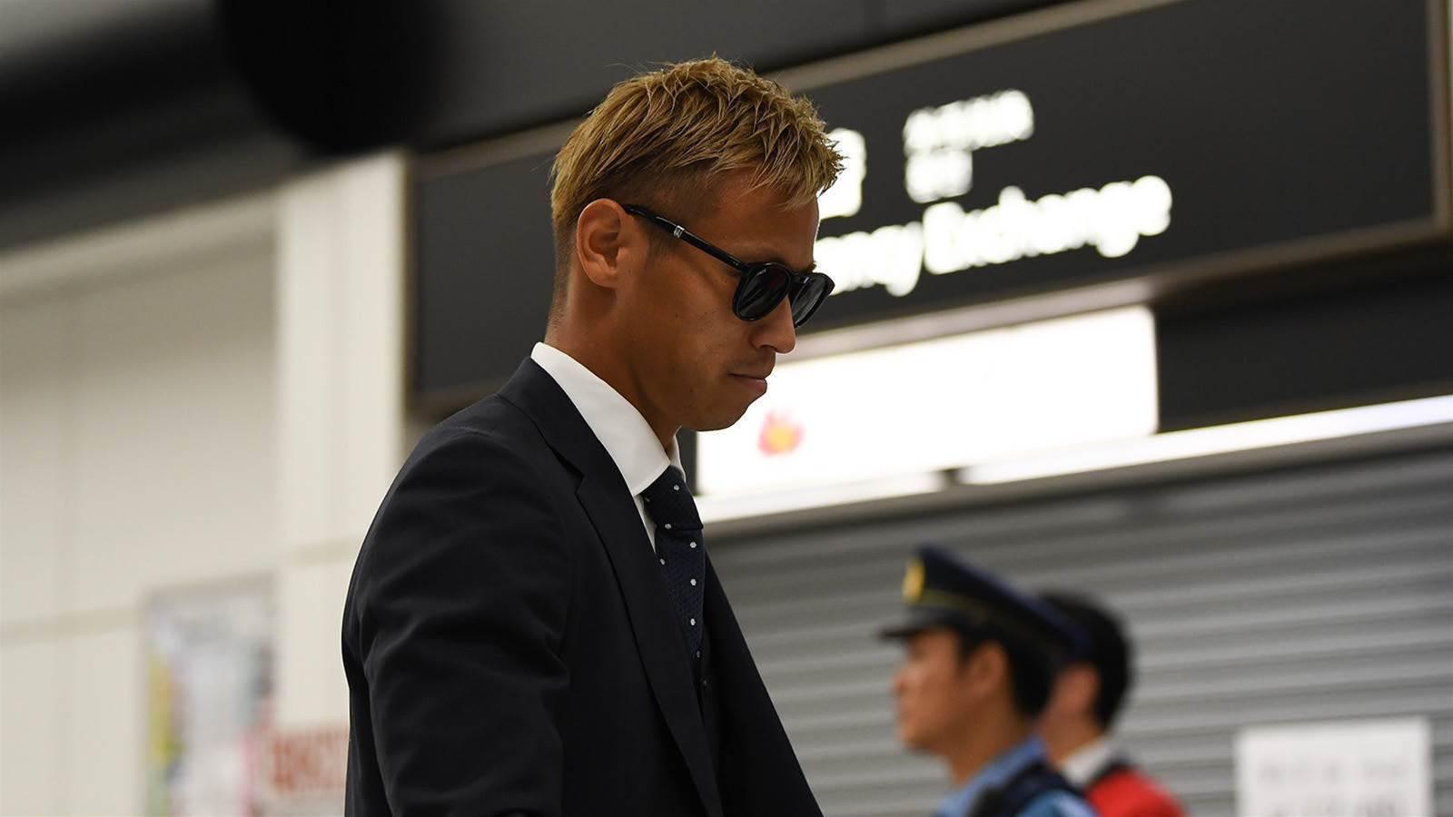Keisuke Honda's set to sign for Melbourne Victory tomorrow...
