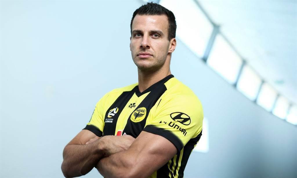 Wellington Phoenix sign ex-Newcastle United great