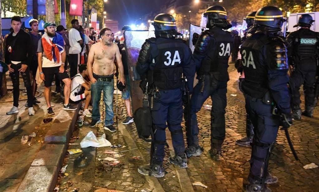 France World Cup celebrations turn violent