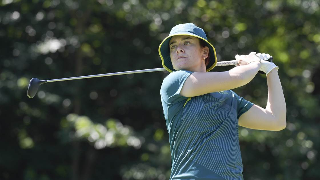 Korda retains lead while Green rises into medal contention