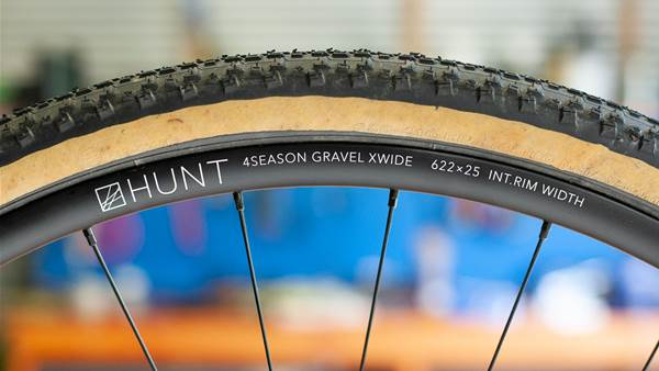 FIRST LOOK: Hunt 4 Season Gravel Disc X-Wide wheel set