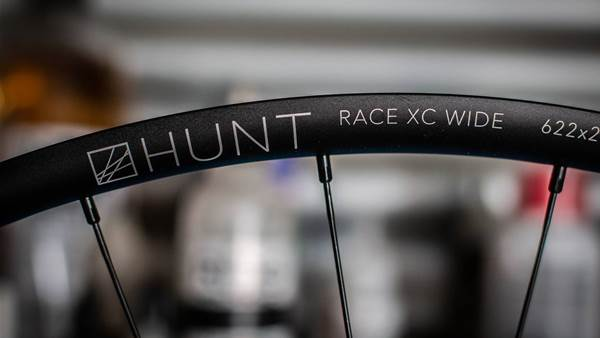 FIRST LOOK: Hunt Bike Wheels Race XC Wide wheel set