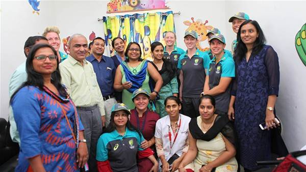 Australian cricket team visits domestic violence shelter