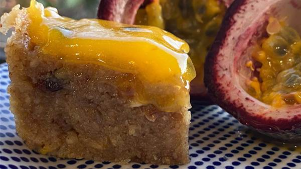 RECIPE: Pretend passionfruit slice