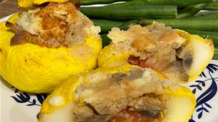 RECIPE: Garlic mushroom stuffed squash