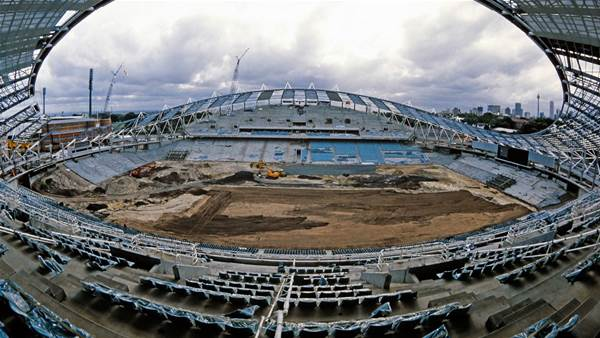 Sydney Football Stadium takes shape in 1987