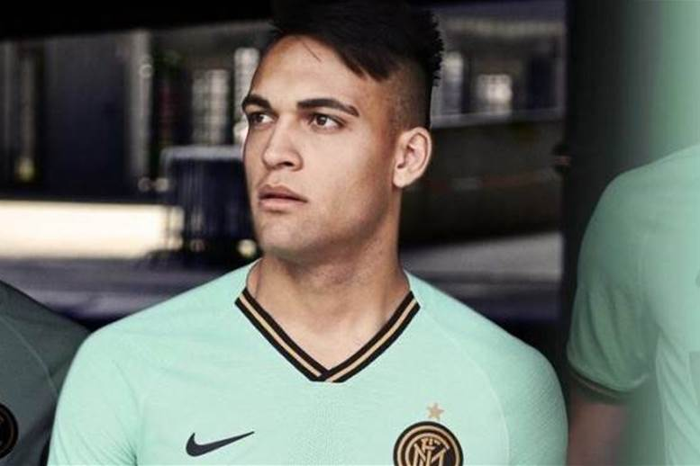 Inter's absolutely stunning new away kit revealed!