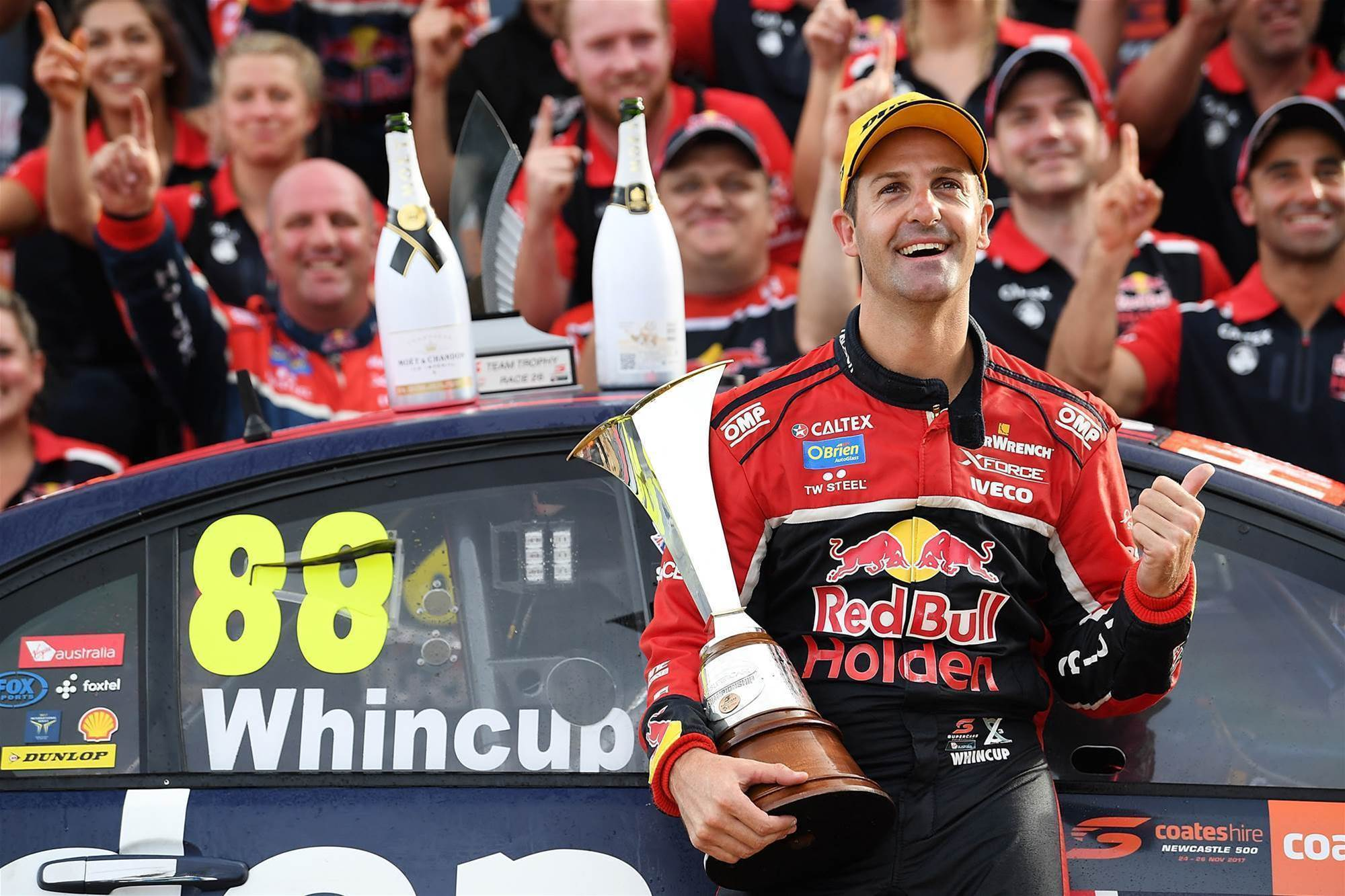 Whincup prevails in drama-filled Newcastle decider