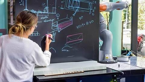 Swinburne Uni launches large-scale digital fabrication lab