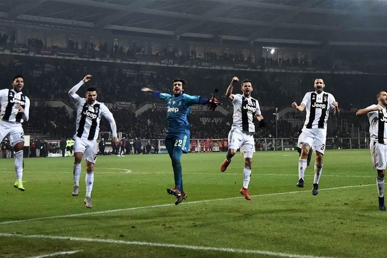 Watch! FIFA World Tour: Turin, Bernadeschi & Bonucci vs Szczesny & Cancelo