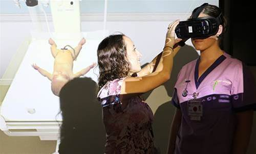 Newcastle Uni deploys VR to teach midwifery