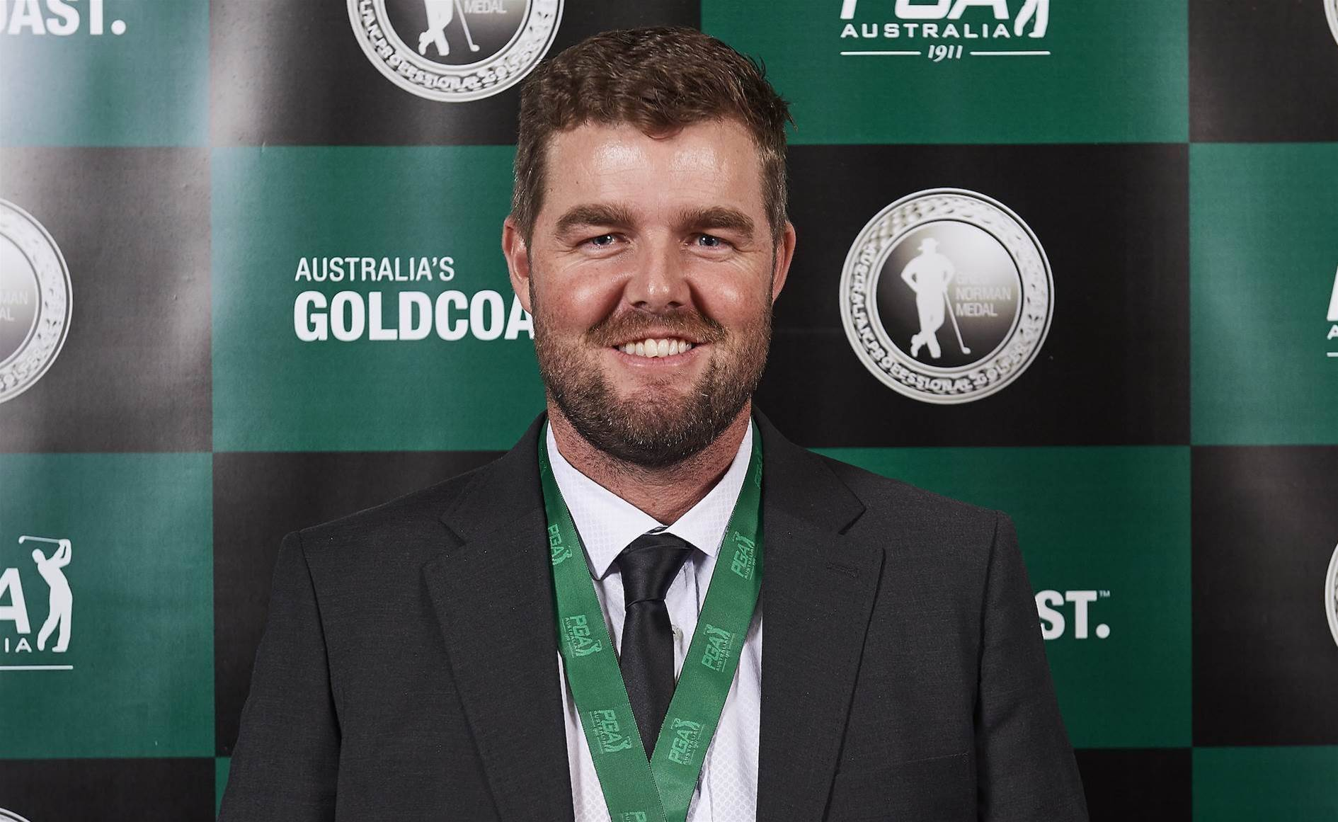 Marc Leishman wins the Greg Norman Medal