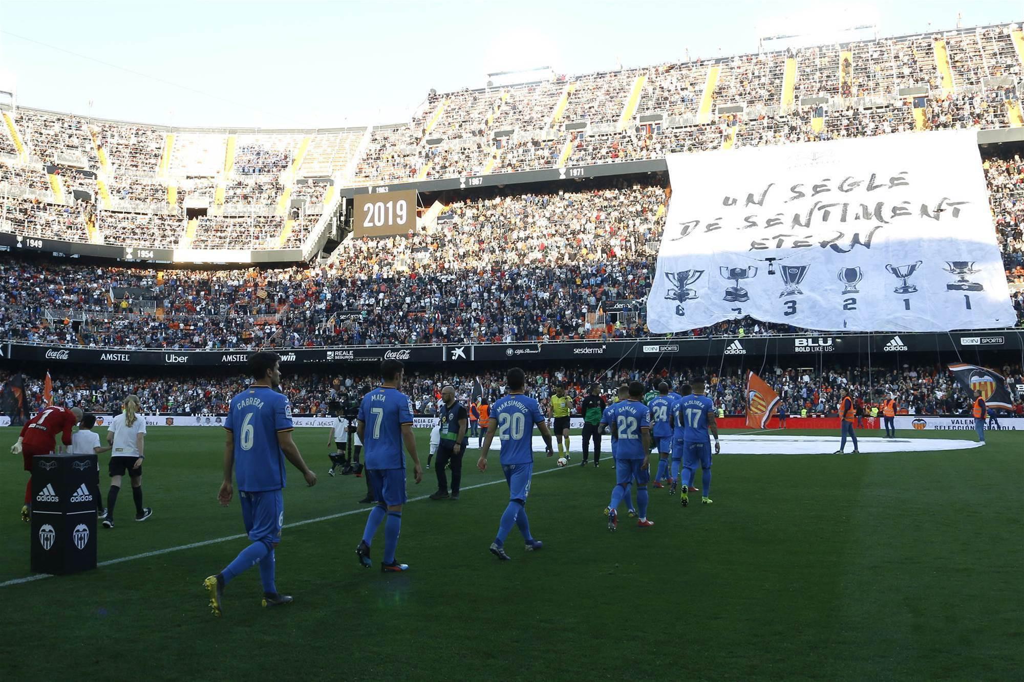 Valencia celebrate 100-year anniversary