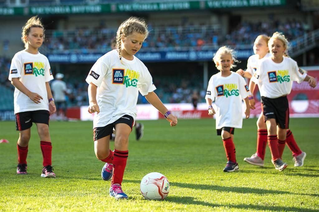 Kids connect with their football heroes