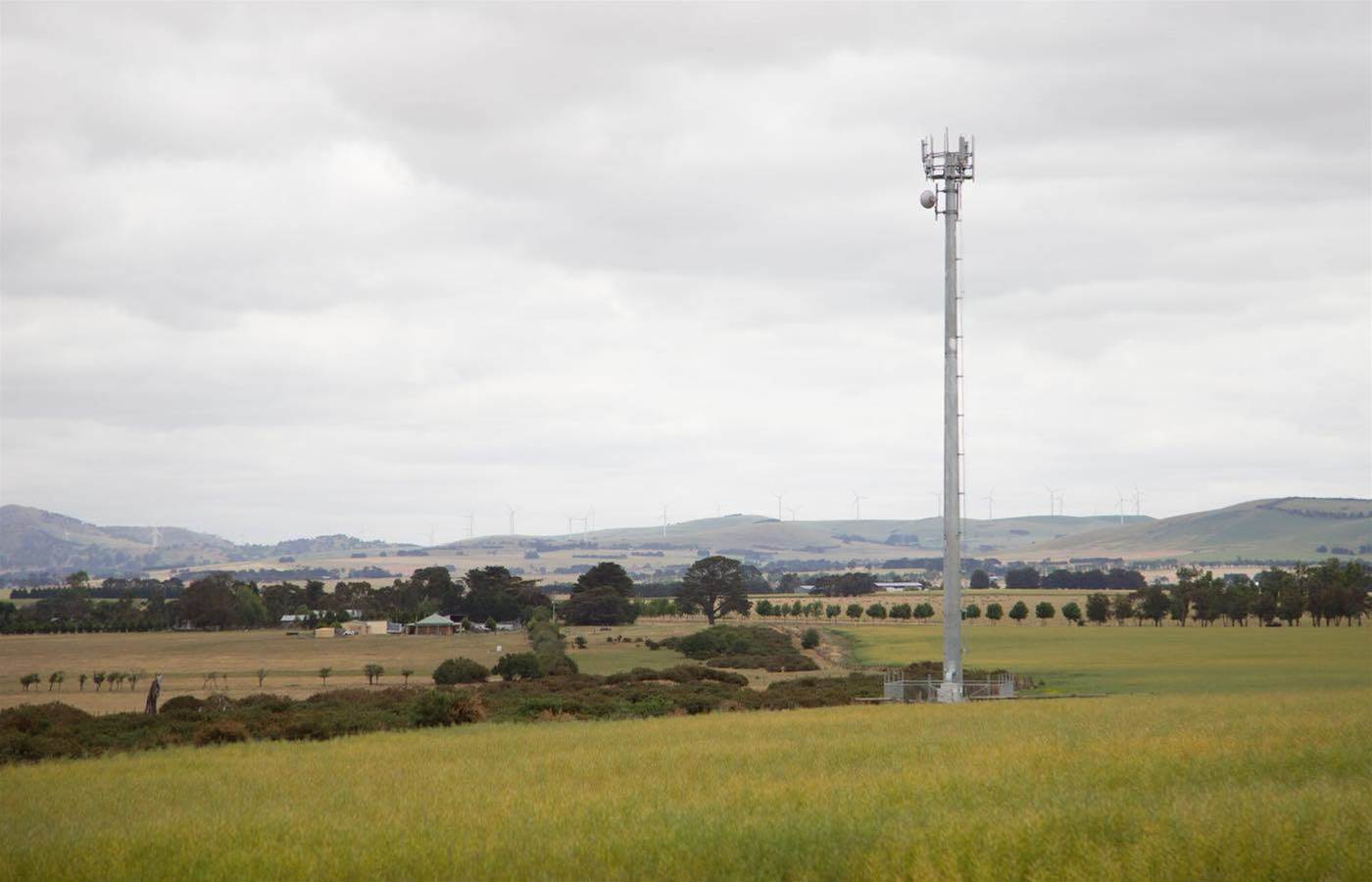NBN Co to re-launch fixed wireless at up to 75 Mbps