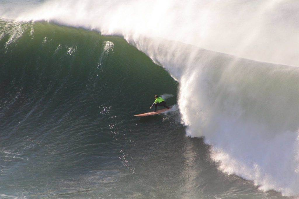 Can second-tier big wave competitions thrive?