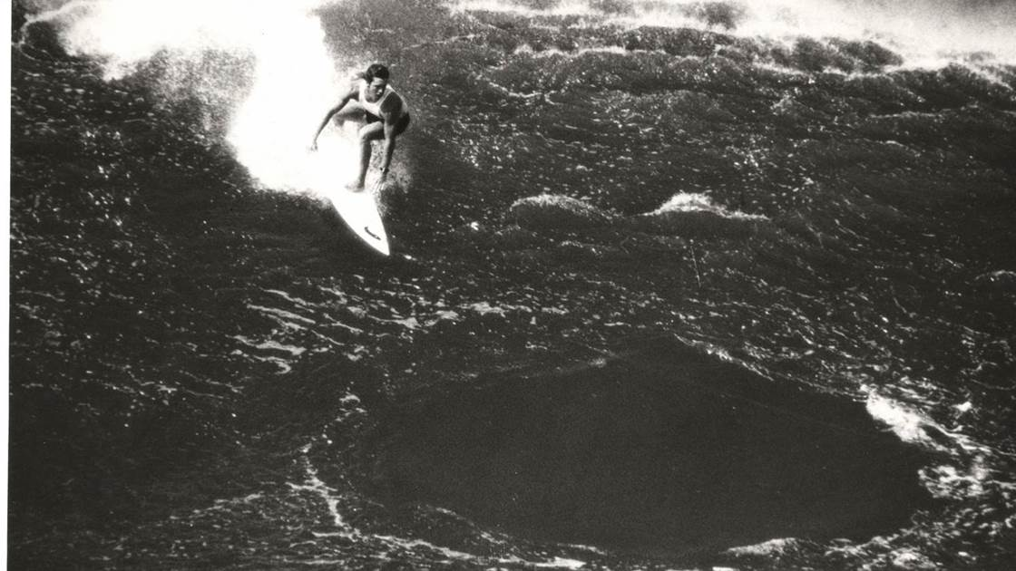 Waves That Mattered: Martin Potter's Fabled Drop At Pipe.
