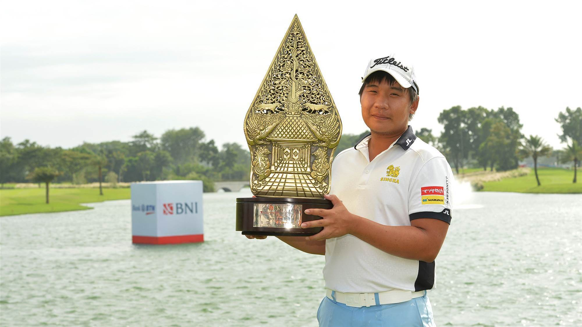 Poom wins second Indonesian Masters title