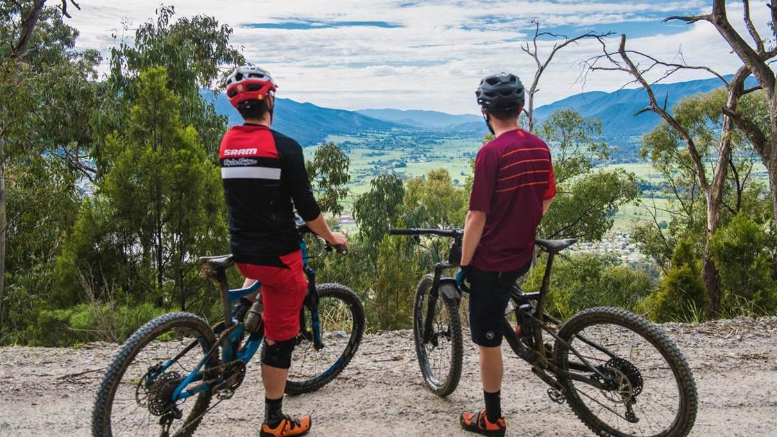 Alpine Foothills: Mt Beauty