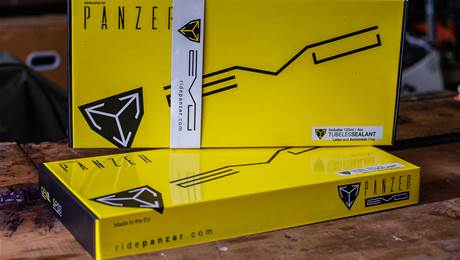 """FIRST LOOK: Panzer EVO XC 29"""" tyre inserts"""