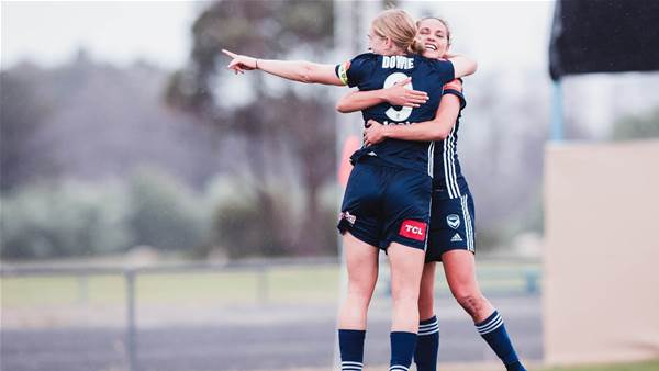 Wanderers score but fall to Victory