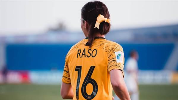 Raso back kicking the ball