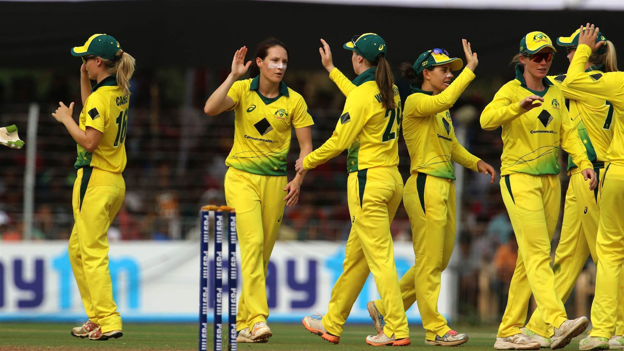 Australia's good form continues with a win in the first T20