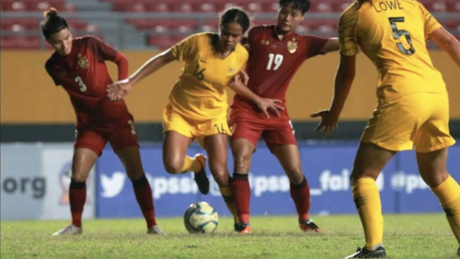 Thailand come from behind to win third consecutive title