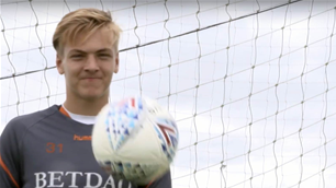 Aussie keeper makes Charlton debut