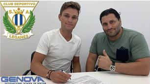 Young Aussie striker makes La Liga move