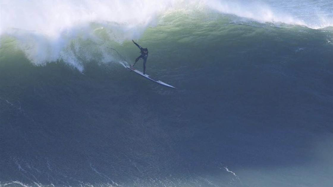Ollie Dousset Tackles Huge Nazare On One Leg