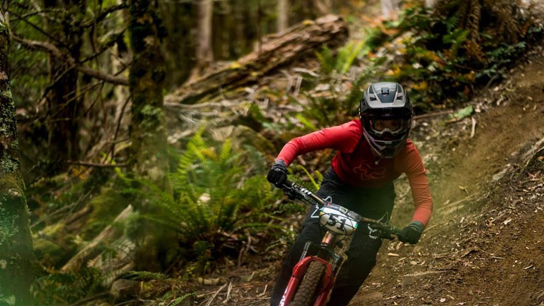 Flood and Booker win EWS Asia Pacific Race at Maydena Bike Park