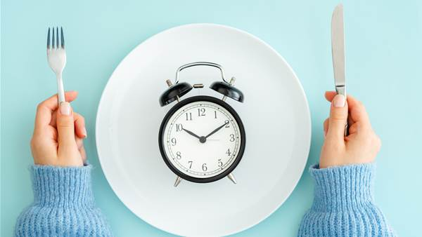 The Full-Body Benefits of Intermittent Fasting, from Weight Loss to Immunity