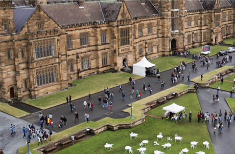 USyd goes digital to keep 14,000 quarantined Chinese students learning