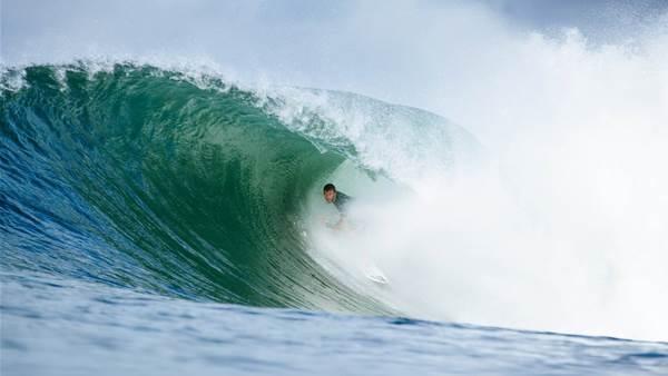 Corona Bali Pro(tected) – A Brief Morning Affair