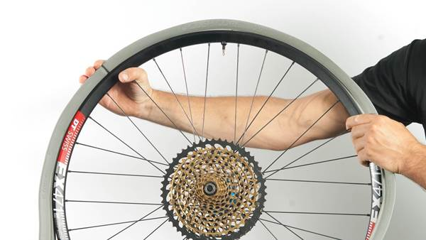 WORKSHOP: How to fit Cush Core rim protection