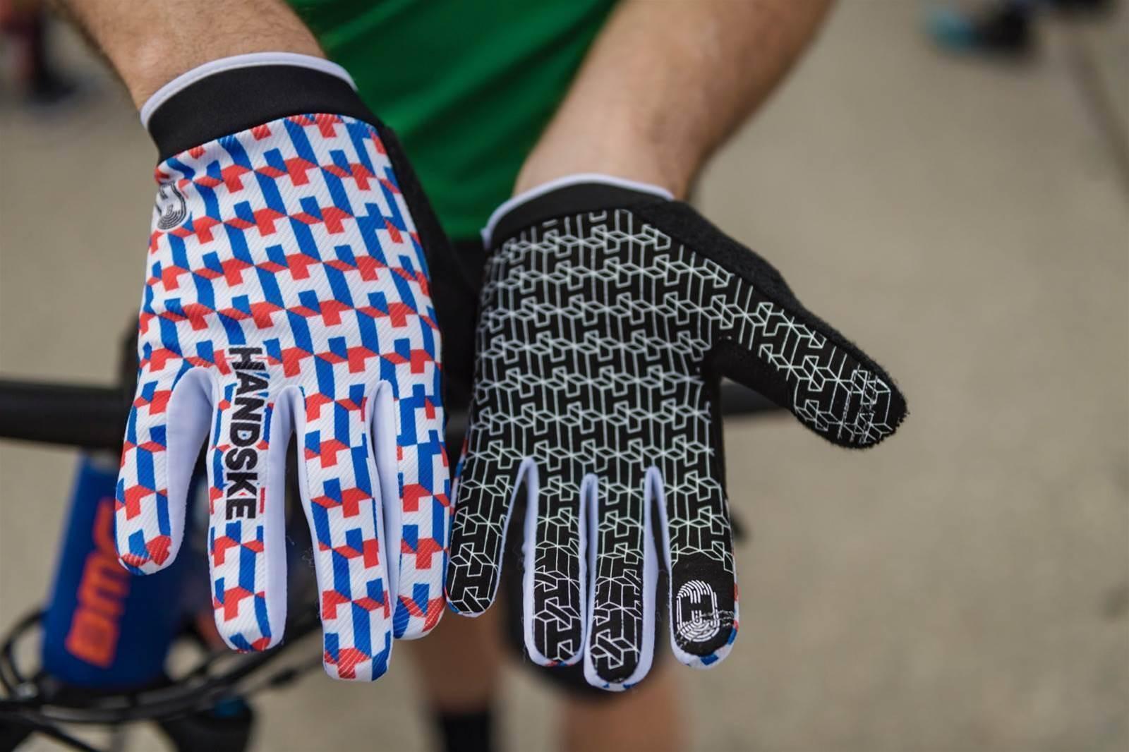 Tested: Handske Gloves