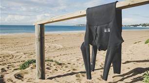 Wetsuit Test: Ocean and Earth Zero Zip 3/2mm Steamer